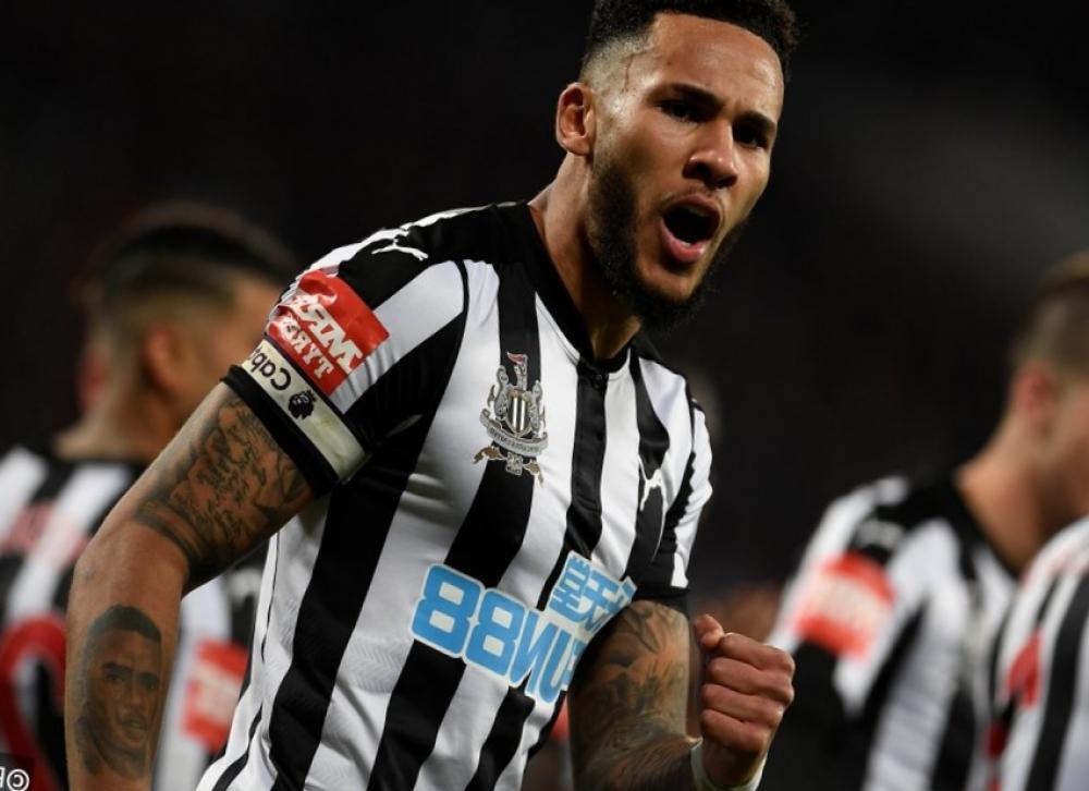 Pronosticos Newcastle v West Ham United 01 Diciembre 1